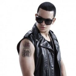 Ver MP3 de J Alvarez - Abusa